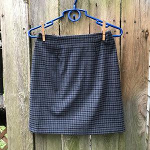 Vintage 26in dark blue gingham skirt